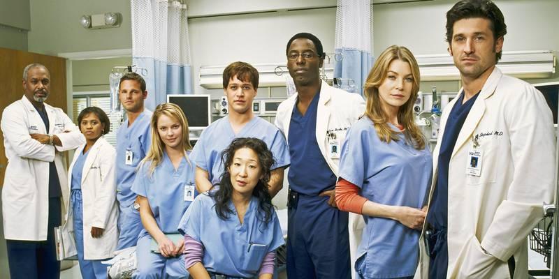 Lançado o livro 'How to Save a Life' que promete contar os segredos e 'podres' dos bastidores de 'Grey's Anatomy'; confira detalhes