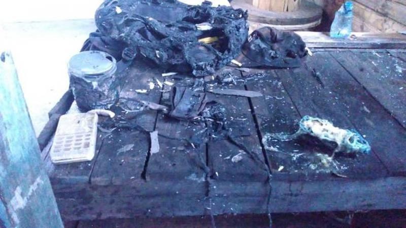 Adolescente sofreu queimaduras após carregador de celular explodir, em SC