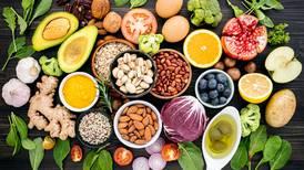 Gastrite e refluxo: aposte nos alimentos certos e fuja dos 'prazóis'