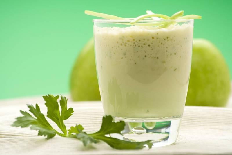 Quer reduzir o colesterol? Aqui está o suco natural com apenas 3 ingredientes que você deve tomar