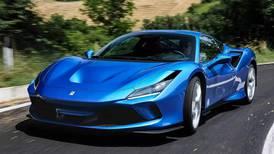 Ferrari apresenta versão conversível do F8 Tributo