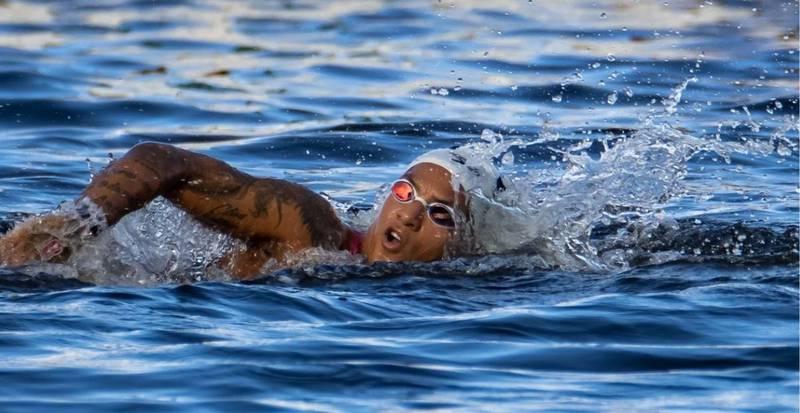 Ana Marcela ganhou ouro para o Brasil na maratona aquática